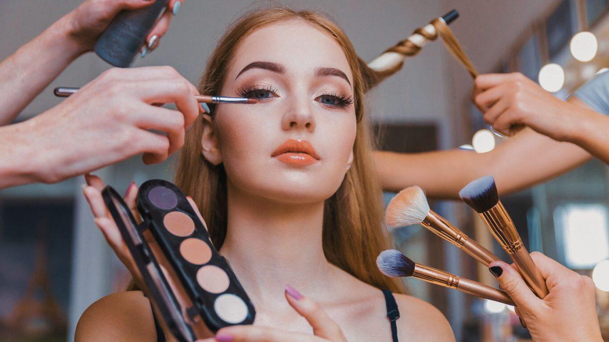 Consejos útiles para maquillarte en verano